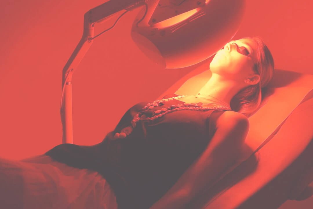 Red light therapy applied to the knees